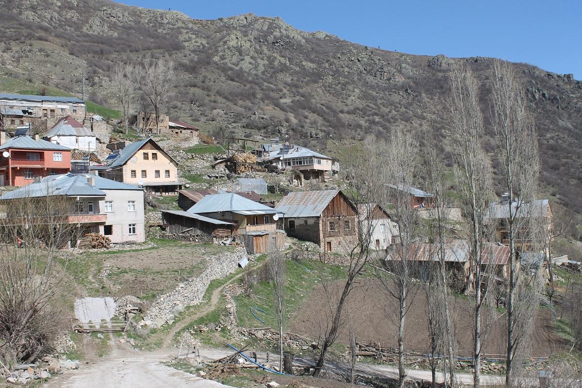Gümüştuğ köyü 1